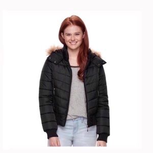 Jackets & Blazers - NWT hooded puffer bomber jacket black